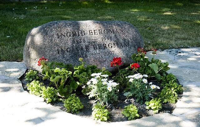 """电影大师英格玛·伯格曼诞辰100年:""""写""""电影像作家写书"""