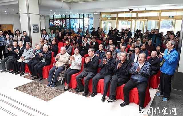 大奖娱乐官方网站_马识途书法展暨《马识途文集》发布会在京举行